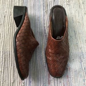 Vintage Shoes Womens 6.5 Mules Woven Weave Leather